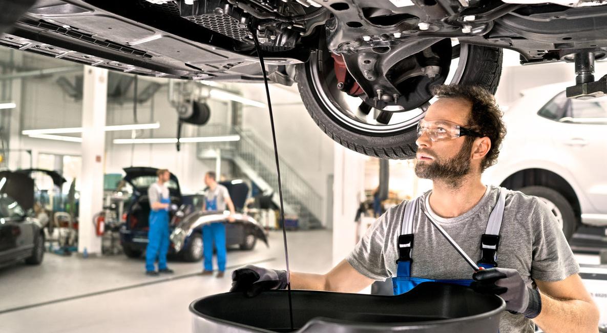 Menjava olja - servis SEAT - Porsche Verovškova